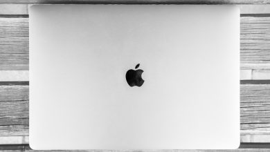 macbook apple black white