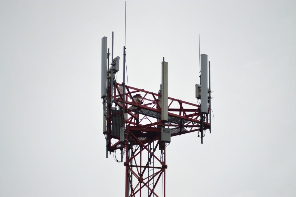 antennas-cell-tower-5g