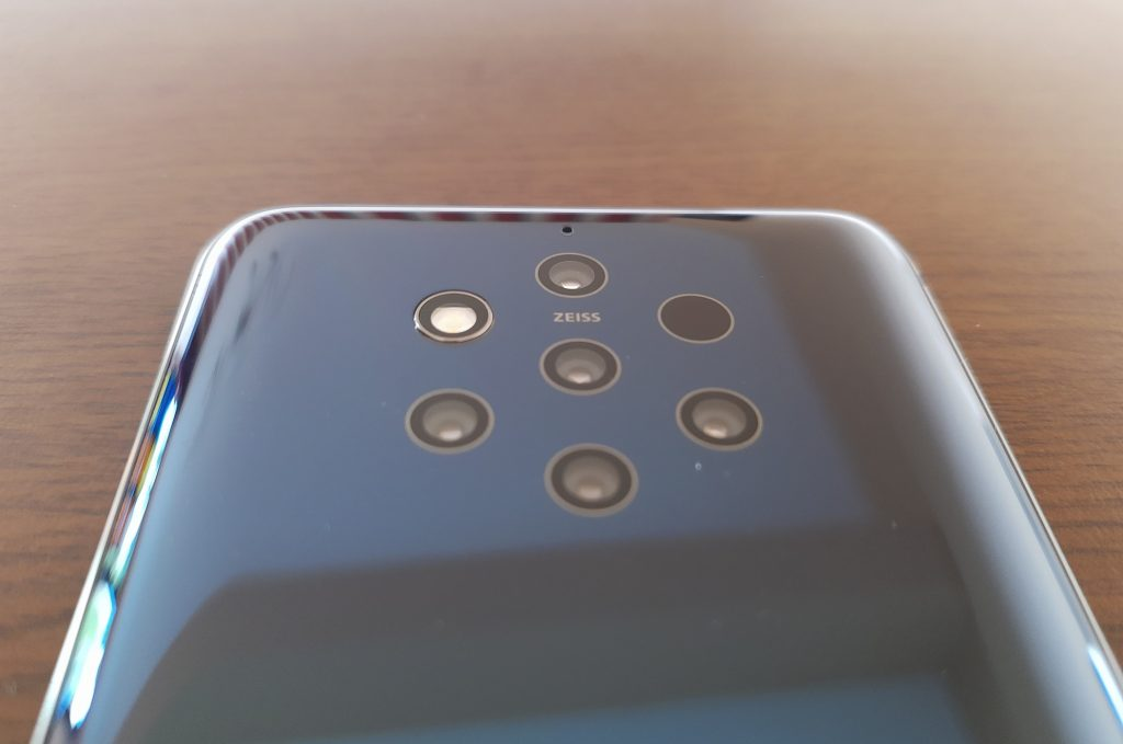 Nokia 9 Review 9