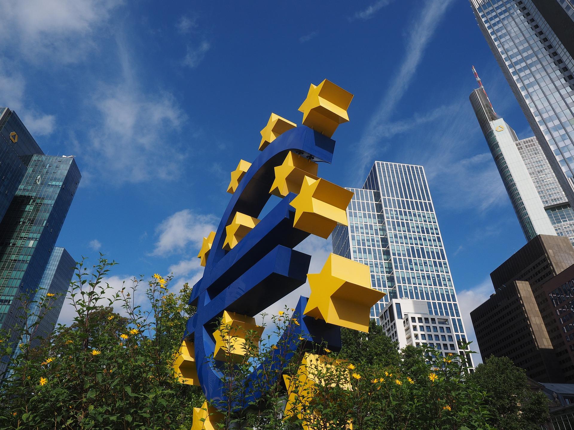 euro-sculpture-2867942_1920