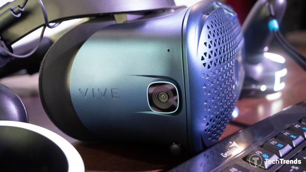 HTC Vive Cosmos 4