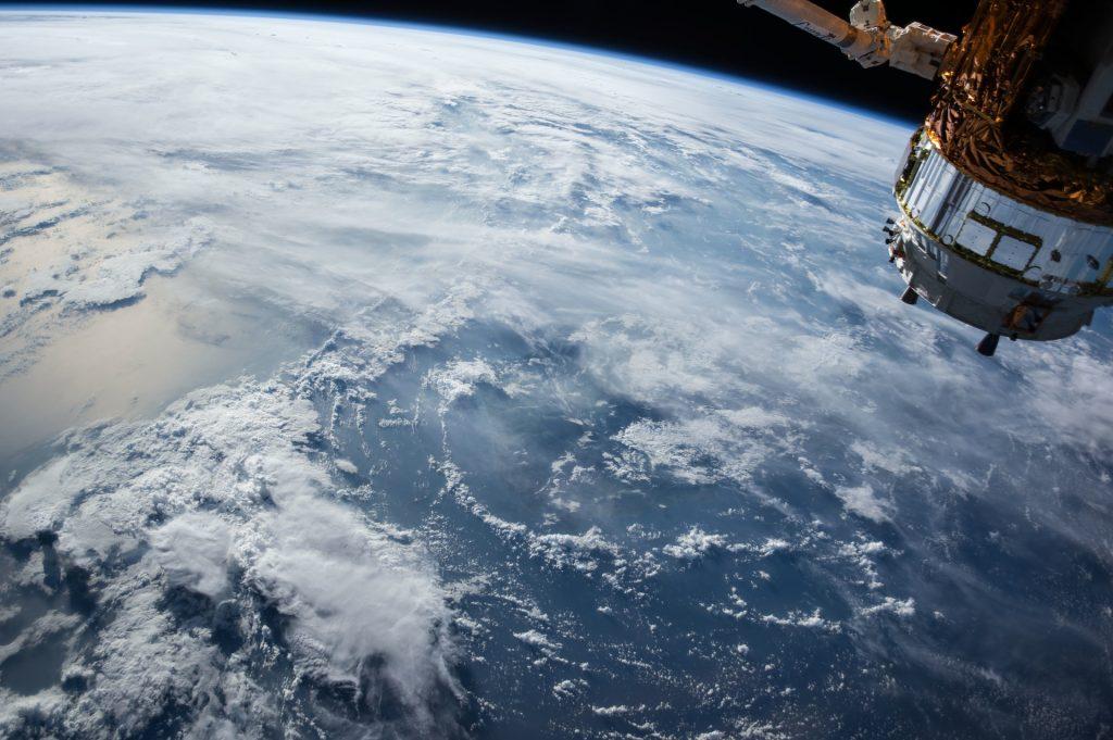 satellite-earth