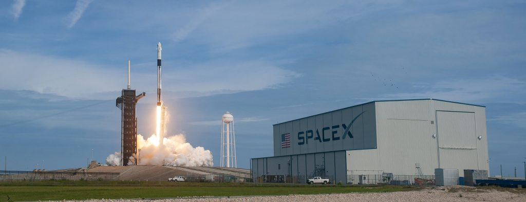 spacex-dragon-launch-