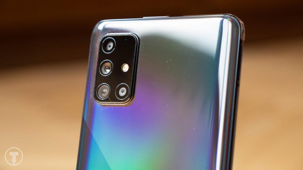 Samsung-Galaxy-A71-1