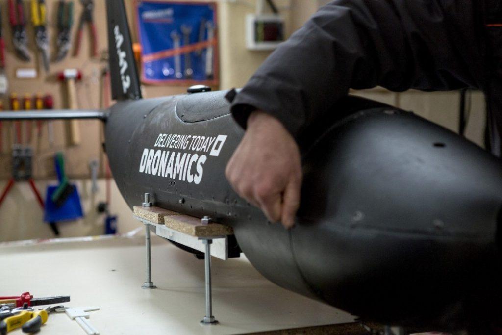 dronamics-black-swan-2