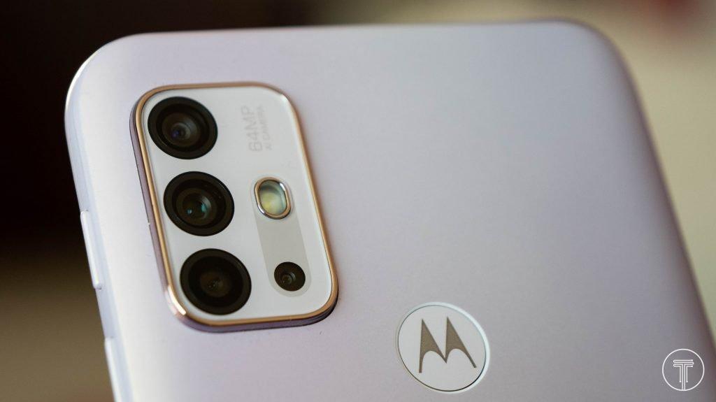 Motorola-Moto-G30-4