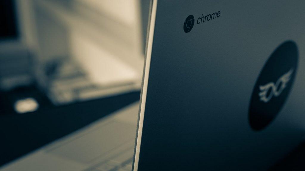 chromebook-chrome-os-lifestyle