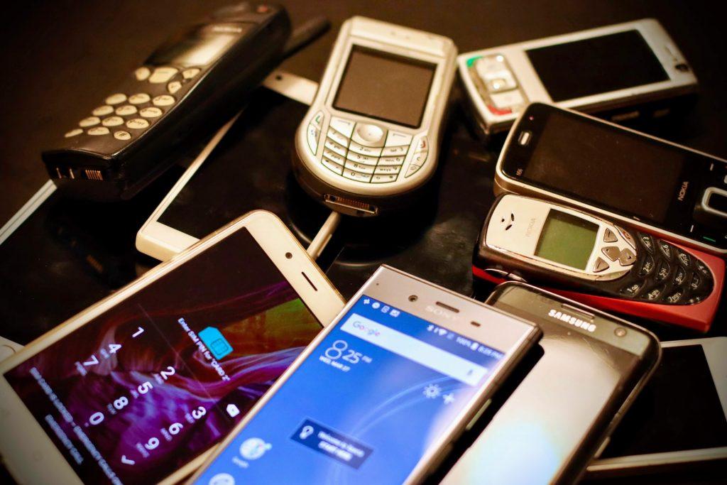 mobile-phones-generations